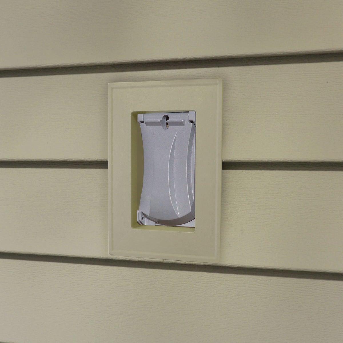 Alcoa Home Exteriors CLAY RECESS J-BLOCK MBLOCKR PC