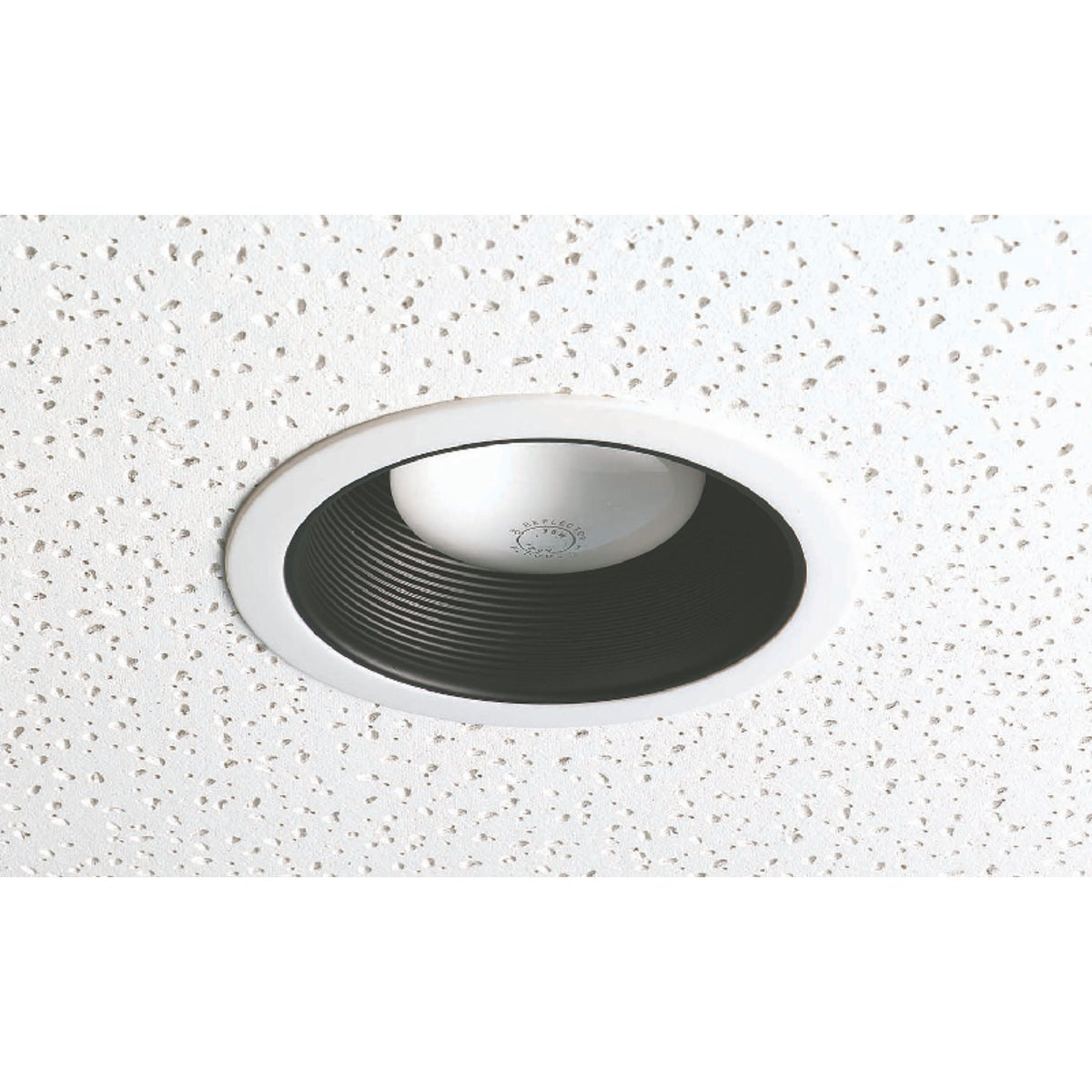 BLK RECESS FIXTURE TRIM