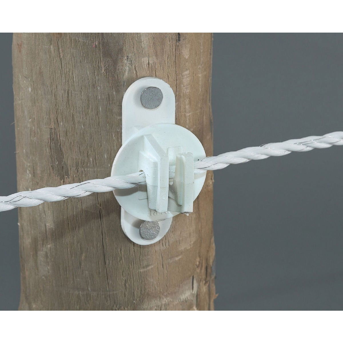 25PC WOOD POST INSULATOR - SNUG-HTW by Dare Products Inc