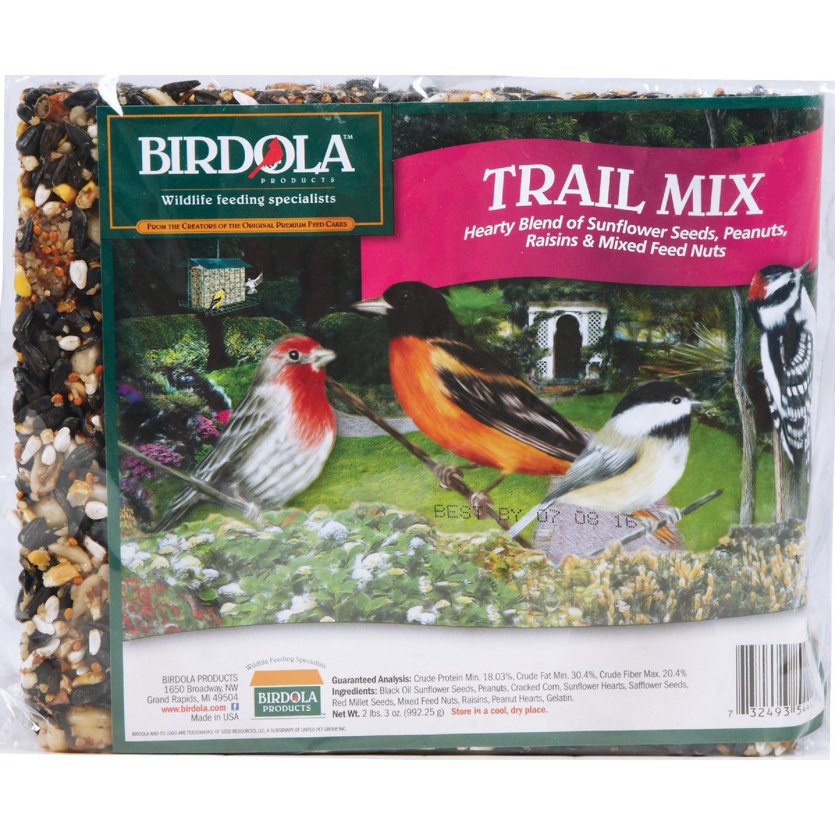TRAIL MIX SNACK CAKE